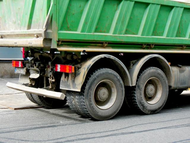 自動車の排気ガスが大気汚染に影響