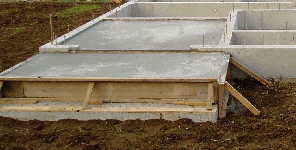 コンクリート型枠の合板