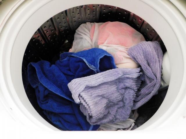 洗濯によりマイクロプラスチックが発生している可能性